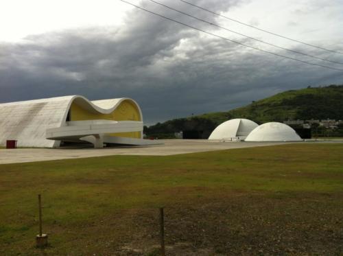 Caminho Niemeyer 1